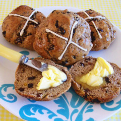 Gluten Free Hot Cross Easter Buns